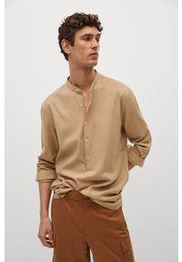 Mango Man - Koszula BOLAR. Typ kołnierza: kołnierzyk stójkowy. Kolor: beżowy. Materiał: włókno, materiał. Długość rękawa: długi rękaw. Długość: długie. Wzór: gładki