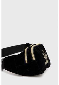 adidas Originals - Nerka. Kolor: czarny. Wzór: aplikacja