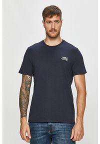 Niebieski t-shirt Guess Jeans casualowy, z nadrukiem