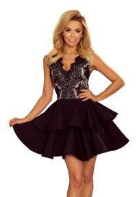 Czarna sukienka wieczorowa Numoco w koronkowe wzory, na imprezę