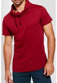 Czerwony t-shirt IVET na co dzień, casualowy