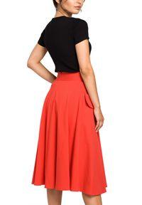 BE - Rozkloszowana spódnica midi z kieszeniami. Materiał: bawełna, dzianina, materiał, elastan. Styl: elegancki