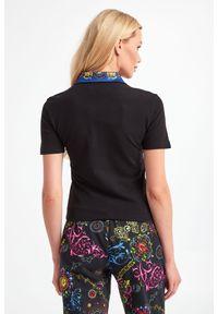 Versace Jeans Couture - POLO VERSACE JEANS COUTURE. Typ kołnierza: polo. Wzór: haft