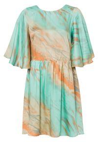 Sukienka z dekoltem z tyłu bonprix turkusowy z nadrukiem. Typ kołnierza: kokarda. Kolor: niebieski. Wzór: nadruk