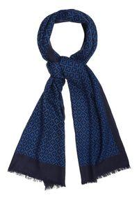 Niebieski szalik