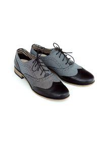 Zapato - sznurowane półbuty jazzówki- skóra naturalna - model 246 - kolor czarny + kropki. Okazja: do pracy, na co dzień, na spotkanie biznesowe. Kolor: czarny. Materiał: skóra. Szerokość cholewki: normalna. Wzór: kropki. Obcas: na obcasie. Styl: elegancki, casual, klasyczny, boho, biznesowy. Wysokość obcasa: niski