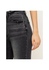 Szare jeansy slim Armani Exchange