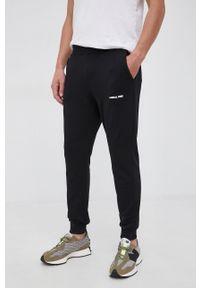 Save The Duck - Spodnie. Kolor: czarny. Materiał: dzianina. Wzór: gładki