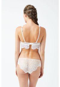 Biały biustonosz Etam w koronkowe wzory, z odpinanymi ramiączkami