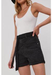 Haily's - Szorty jeansowe. Okazja: na co dzień. Kolor: czarny. Materiał: jeans. Wzór: gładki. Styl: casual
