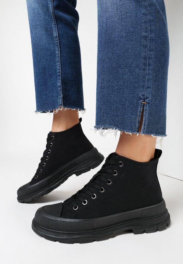 Born2be - Czarne Trampki Calypheosis. Wysokość cholewki: przed kolano. Nosek buta: okrągły. Kolor: czarny. Materiał: jeans, materiał, guma. Szerokość cholewki: normalna