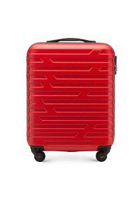 Czerwona walizka Wittchen w geometryczne wzory, klasyczna