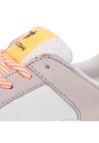 Togoshi - Sneakersy TOGOSHI - TG-22-04-000207 123. Okazja: na co dzień. Kolor: biały. Materiał: skóra, nubuk, zamsz, materiał. Szerokość cholewki: normalna. Sezon: lato. Styl: elegancki, sportowy, casual
