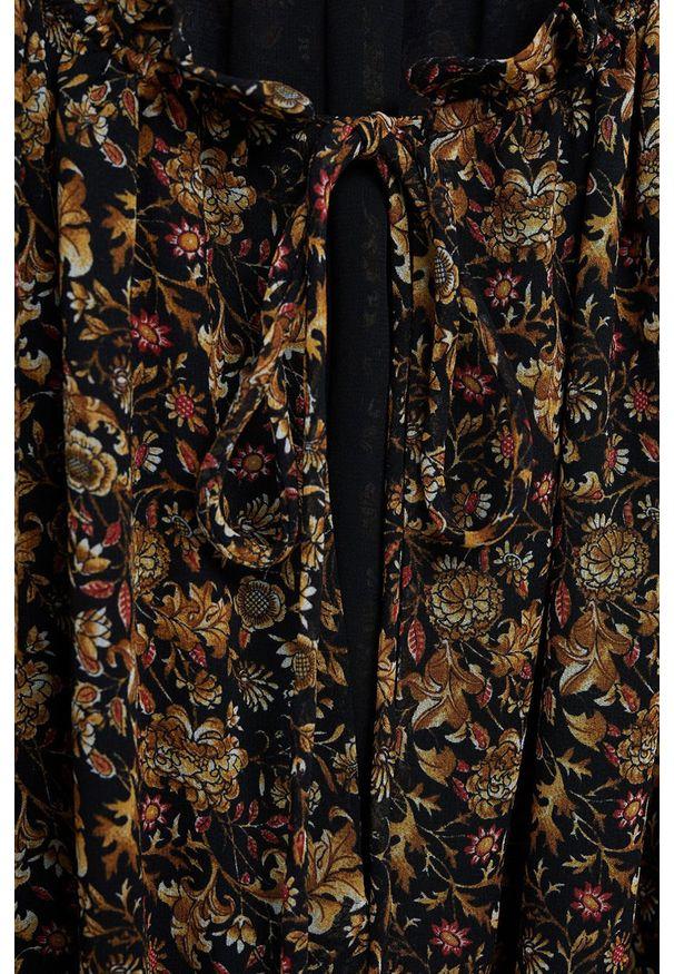 Brązowa sukienka mango maxi, z długim rękawem