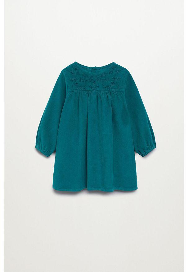 Zielona sukienka Mango Kids rozkloszowana, z haftami, mini