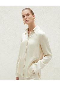 NANUSHKA - Beżowa koszula Mandine. Kolor: beżowy. Materiał: satyna. Styl: retro, klasyczny