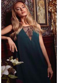 MOE - Zielona Elegancka Luźna Sukienka z Koronką. Kolor: zielony. Materiał: koronka. Wzór: koronka. Styl: elegancki