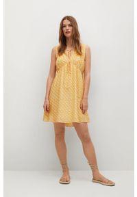 mango - Mango - Sukienka MINA. Kolor: żółty. Materiał: włókno, materiał. Długość rękawa: na ramiączkach. Typ sukienki: rozkloszowane