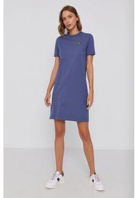 Lyle & Scott - Sukienka bawełniana. Okazja: na co dzień. Kolor: fioletowy. Materiał: bawełna. Wzór: gładki. Typ sukienki: proste. Styl: casual