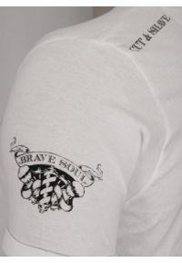 Biały Barberowy Bawełniany T-Shirt Męski -Brave Soul- Koszulka, Krótki Rękaw, Brodacz, Fryzjer. Okazja: na co dzień. Kolor: biały. Materiał: bawełna. Długość rękawa: krótki rękaw. Długość: krótkie. Wzór: nadruk. Sezon: lato, wiosna. Styl: casual
