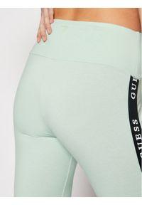 Guess Legginsy O1GA08 KABR0 Zielony Slim Fit. Kolor: zielony