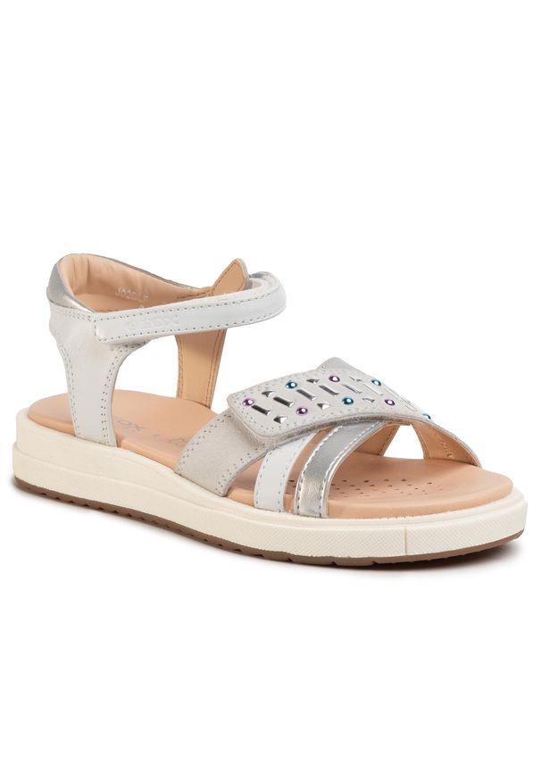 Białe sandały Geox na co dzień, z aplikacjami