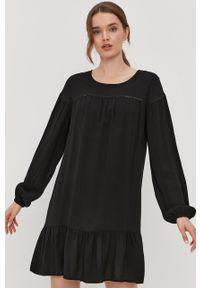 Czarna sukienka Jacqueline de Yong casualowa, gładkie, na co dzień, z długim rękawem