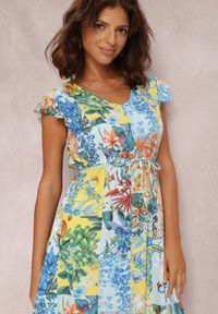 Renee - Jasnoniebieska Sukienka Armoren. Typ kołnierza: kołnierz z falbankami. Kolor: niebieski. Wzór: kwiaty, aplikacja. Typ sukienki: trapezowe. Długość: mini