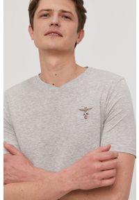 Aeronautica Militare - T-shirt. Okazja: na co dzień. Kolor: szary. Materiał: dzianina. Wzór: gładki. Styl: casual
