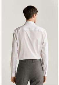 Biała koszula Mango Man na co dzień, klasyczna, długa, z klasycznym kołnierzykiem