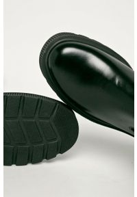 Kurt Geiger London - Sztyblety skórzane Stint. Nosek buta: okrągły. Kolor: czarny. Materiał: skóra
