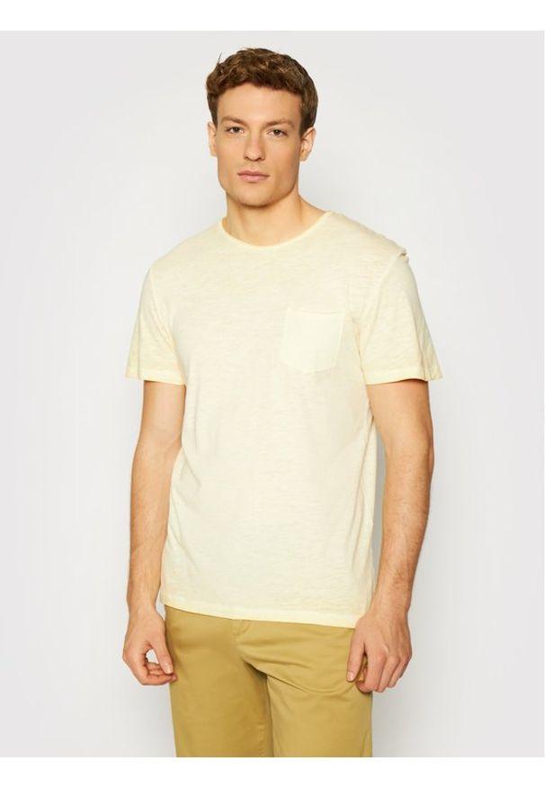 Jack & Jones - Jack&Jones T-Shirt Cold 12184932 Żółty Regular Fit. Kolor: żółty