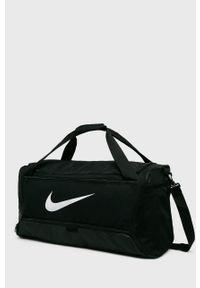 Czarna torba Nike z nadrukiem