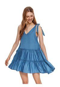 DRYWASH - Krótka sukienka z falbanami. Typ kołnierza: dekolt w serek. Kolor: niebieski. Materiał: tkanina, len. Długość rękawa: na ramiączkach. Sezon: lato. Styl: wakacyjny. Długość: mini