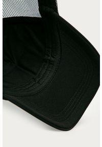 Czarna czapka z daszkiem Roxy