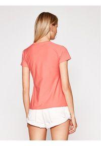 Różowy t-shirt