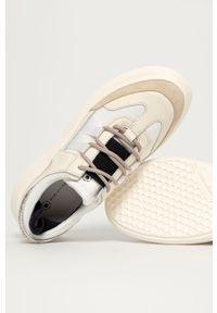 Białe sneakersy MOA Concept z cholewką, na średnim obcasie, na sznurówki, z okrągłym noskiem