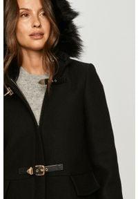 Czarny płaszcz Morgan z kapturem, casualowy