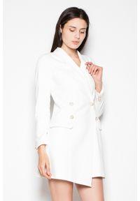 Venaton - Elegancka żakietowa sukienka zapinana na ozdobne guziki ecru. Materiał: materiał. Styl: elegancki