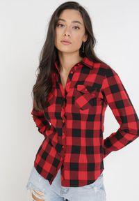Born2be - Czarno-Czerwona Koszula Siniaphe. Kolor: czarny. Materiał: tkanina, jeans. Długość: długie. Wzór: aplikacja