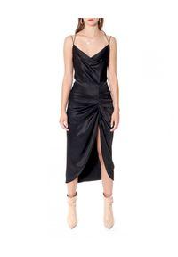 AGGI - Czarna sukienka wieczorowa Ava. Kolor: czarny. Materiał: jedwab, materiał. Długość rękawa: na ramiączkach. Typ sukienki: asymetryczne. Styl: wizytowy. Długość: midi
