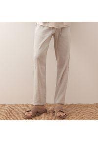 Reserved - Spodnie typu jogger z lnem - Jasny szary. Kolor: szary. Materiał: len