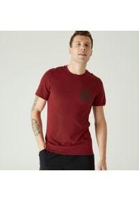 NYAMBA - Koszulka slim krótki rękaw fitness. Kolor: czerwony. Materiał: elastan, poliester, materiał, bawełna. Długość rękawa: krótki rękaw. Długość: krótkie. Sport: fitness