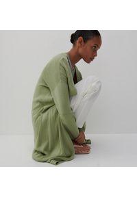 Reserved - Długi kardigan z wiskozą - Zielony. Kolor: zielony. Materiał: wiskoza. Długość: długie
