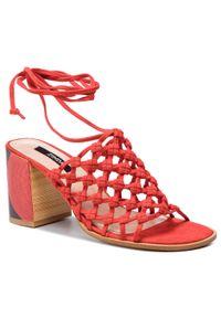 Czerwone sandały Zinda casualowe, na co dzień