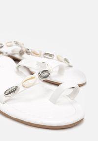Renee - Białe Sandały Theleshi. Kolor: biały