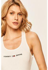Biały top Tommy Jeans na co dzień, z okrągłym kołnierzem