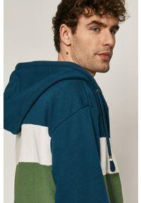 medicine - Medicine - Bluza Retro Cool. Okazja: na co dzień. Typ kołnierza: kaptur. Kolor: zielony. Styl: retro