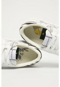Białe sneakersy MOA Concept na sznurówki, z okrągłym noskiem