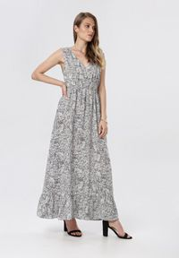 Born2be - Biała Sukienka Neriney. Kolor: biały. Materiał: materiał. Długość rękawa: na ramiączkach. Długość: maxi